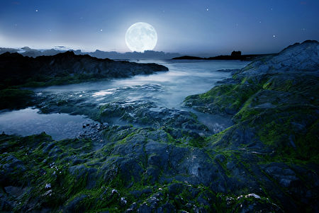 中秋月圓。(fotolia)
