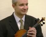 小提琴家浦利叶 台湾弦乐团六度同台
