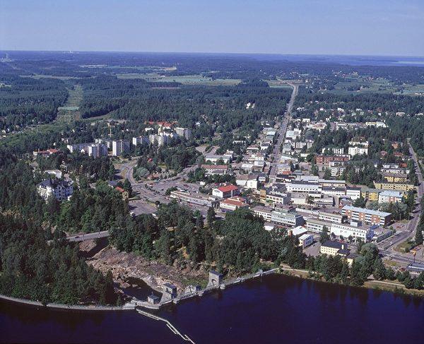 芬兰东南部伊马特拉小镇。(HANNU VALLAS/AFP)
