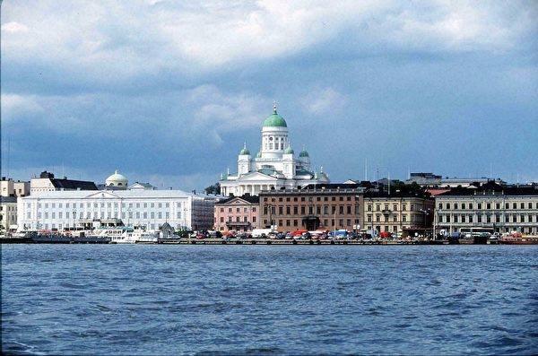 芬兰赫尔辛基海港和市场(JUSSI NOUSIAINEN /AFP)