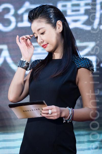 藝人林心如18日於台北公布第49屆廣播電視金鐘獎入圍名單,林心如《我的媽媽》報名迷你劇集卻無緣女主角,評審團主委虞戡平安慰她是大遺珠。(陳柏州/大紀元)