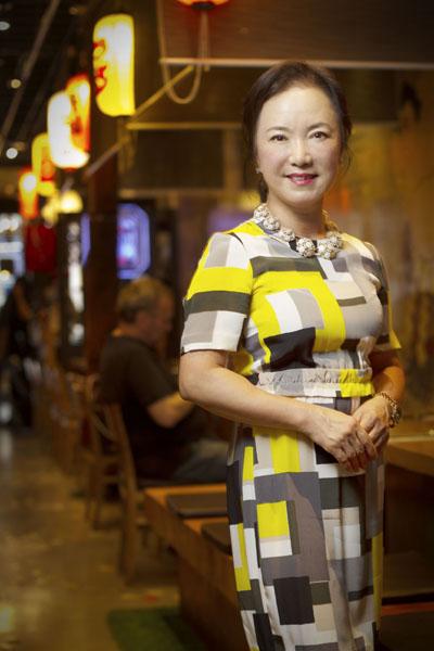 Hana Michi日式餐廳老板Sophia Lee(李善慧)女士。(張學慧/大紀元)