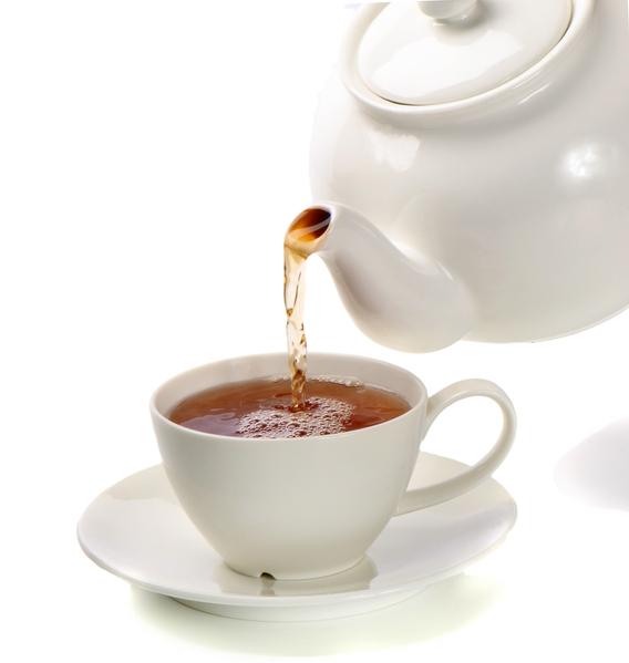 將茶水先泡3分鐘,倒掉水後再沖泡3分鐘。(Fotolia)