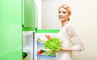 冰箱门开太久会降低温度,无法保持食物新鲜度。(fotolia)