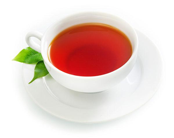 新鲜热红茶一杯。(fotolia)