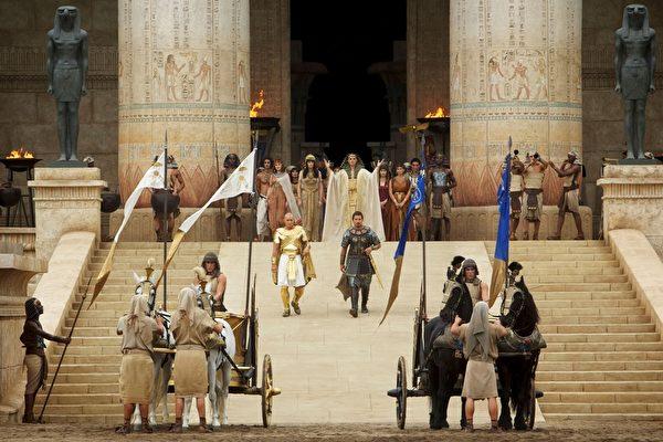 《出埃及记:天地王者》剧照。(福斯提供)