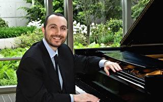 新唐人钢琴大赛 著名大师给音乐学生建言
