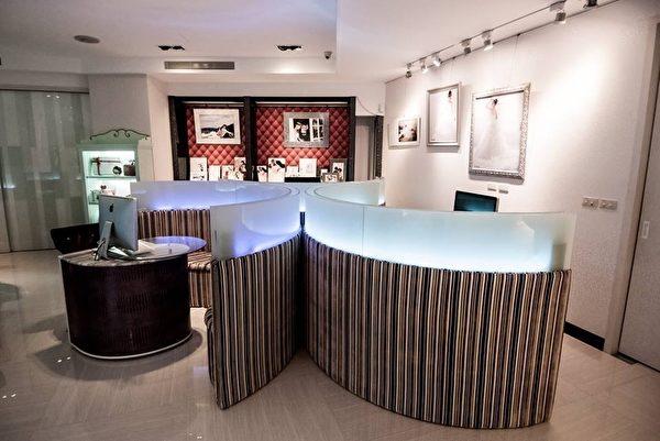 愛度婚紗旗艦店的室內辦公設計。(圖:東北西南提供)