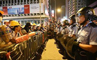 """组图:香港""""雨伞运动""""22天 港人通宵护旺角"""