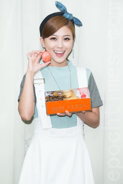 艺人卓文萱10月22日在台北庆祝新专辑《灼乐感》满月。(陈柏州/大纪元)