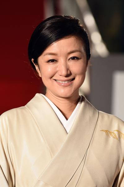 铃木京香穿着典雅和服走红地毯。(Atsushi Tomura/Getty Images)
