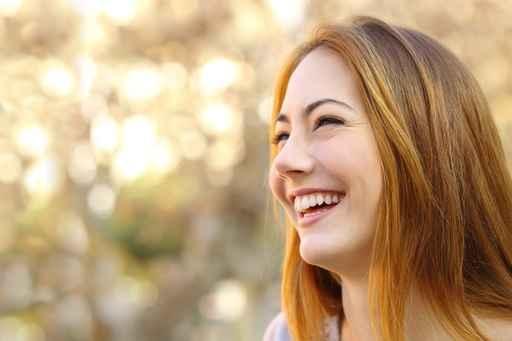 想长寿,要保持良好的心情,平时多笑笑。(fotolia)