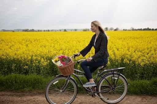 保持经常运动是有助于长寿的一种健康生活方式。(fotolia)