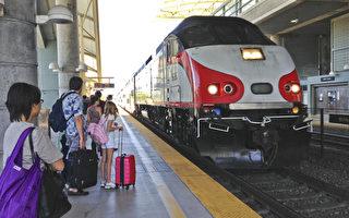 加州火車引進小子彈頭高速列車正好10年了。(大紀元)