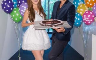 翁滋蔓與是元介聯合慶生,共同切心型生日蛋糕。(三立提供)