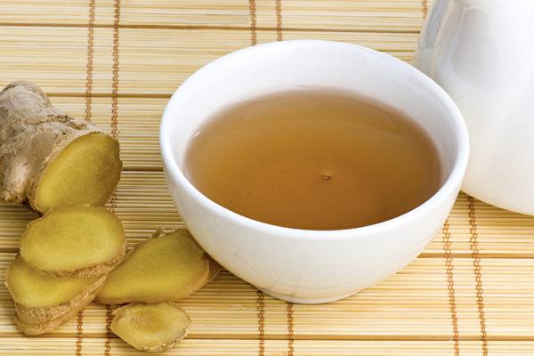 姜汤是能让身体变暖和的最简单又有效的饮品。