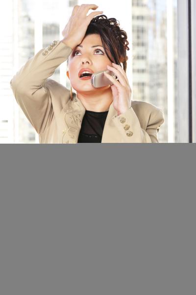手機響5秒再接可減少輻射。(Fotolia)