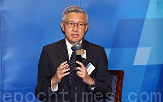 终审法院前首席法官李国能首次公开回应雨伞运动及禁制令等问题。(大纪元)