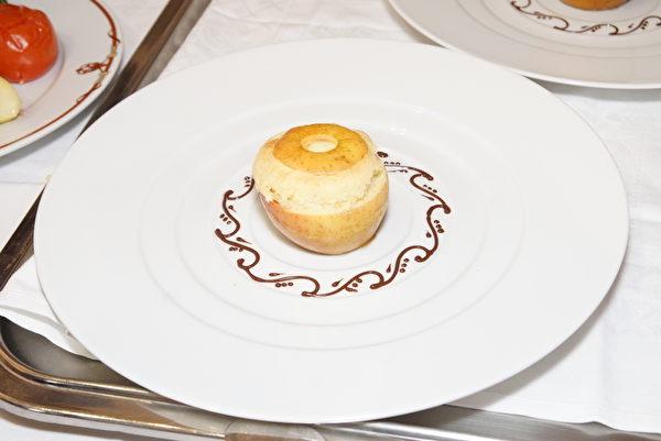 -苹果甜点 ( 李归燕/大纪元)