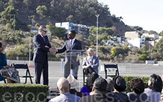 改善中低階層社區 舊金山燭臺球場將變身