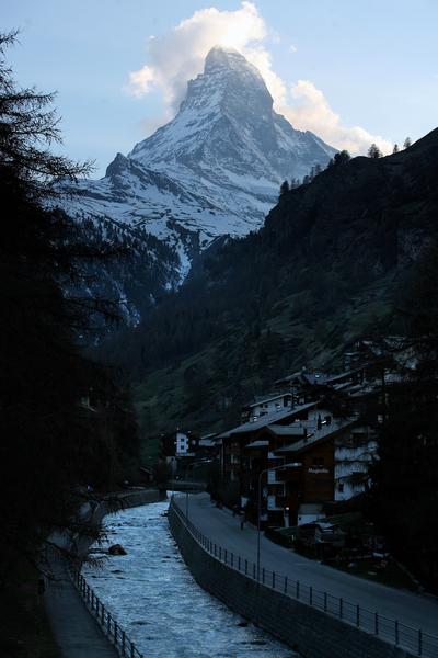 瑞士马特宏峰和策尔马特(Johannes Simon/Getty Images)