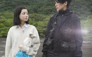 江美琪《抵抗力》MV化身女英雄拯救女孩