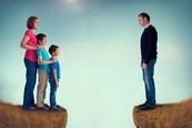 离婚的家庭,亲子关系需要特别用心经营。(Fotolia)
