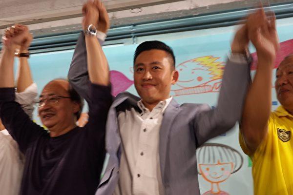 年僅39歲的林智堅當選新竹市第9屆市長。(林寶雲/大紀元)