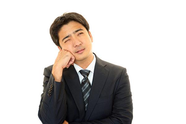 从男人脸上可看7种疾病