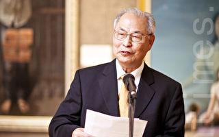 【專訪】油畫大賽評委主席張崑崙教授