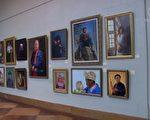 12月2日傍晚,第四届新唐人全世界人物写实油画大赛,在纽约曼哈顿第五大道的新画廊举行了颁奖典礼暨5天画展的开幕式。