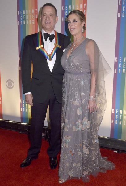 汤姆‧汉克斯与夫人。(Kris Connor/Getty Images)
