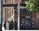 15日上午,悉尼市中心咖啡店发生挟持人质事件。(PETER PARKS/AFP/Getty Images)