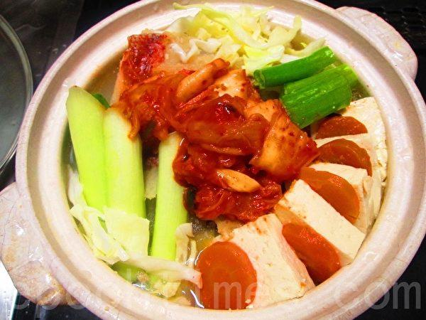 海鲜味噌火锅 图1(家和/大纪元)