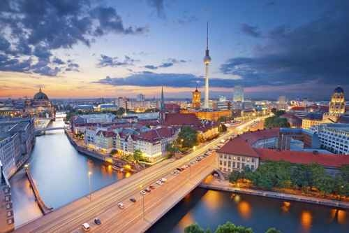 获得德国永久居留权是困难的,除非申请人是另一个欧盟国家的公民。图为柏林。(fotolia)