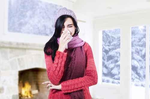 风寒感冒是因为风寒之邪外袭、肺气失宣所致。(fotolia)