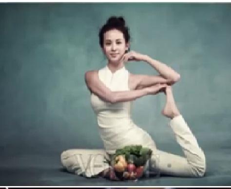每週做一次普拉提,這是趙茹珍維持完美身材的方法。(新唐人電視台網路截圖)
