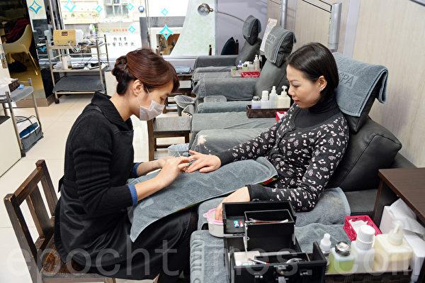 天之心另有附设美甲服务,为顾客提供一站式美容及保健服务。(摄影/宋祥龙)