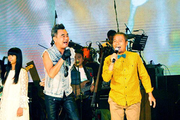 陈昇与阿Van为跨年演唱会进行彩排。(宜辰整合行销提供)