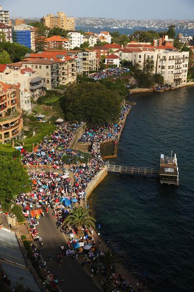 悉尼市长表示,迎接新年的煙花庆祝活动将吸引超过160万的观众,有史以来规模最大。(Photo by Brendon Thorne/Getty Images)
