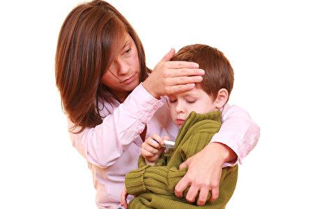 冬季是儿童感冒的高发季节,但是在日常的生活中,只要给孩子多一些关爱,就可以让孩子少受病菌侵害。(Fotolia)
