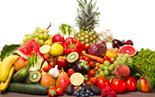 古代醫學家認為每種食物也具有「四性」、「五味」。針對不同體質,食用不同食物才能達到祛病健體功效。(Fotolia)