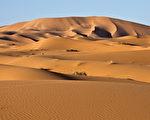 夜半时分消失沙雨中之城