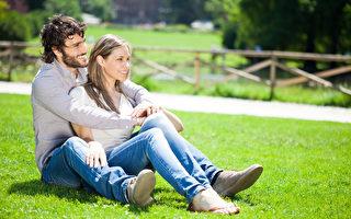 男人想長壽可以透過一些正面方式讓自己的心靈更愉快、知足、祥和,使身體更健康。(Fotolia)