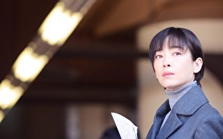 宫泽理惠演《纸之月》入围蓝丝带五大奖