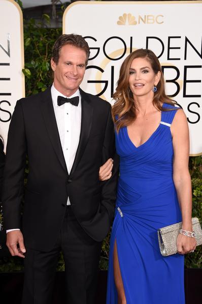 名模辛迪‧克勞馥與丈夫。(MARK RALSTON/AFP/Getty Images)