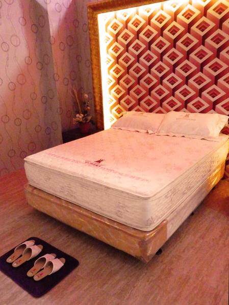 在床的體驗區體驗一張好床所帶來的感受。(圖:老K舒眠文化館提供)