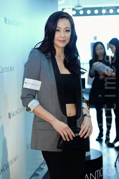 香港女歌手及演员王馨平。(宋祥龙/大纪元)