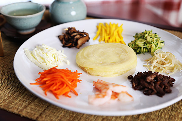 圖:開胃菜九折坂——皇帝的御用菜。(謝凌/大紀元)