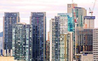 墨爾本不斷拔地而起的新公寓增加了住房供給,房東將繼續面臨房租低增長的前景。(陳明/大紀元)